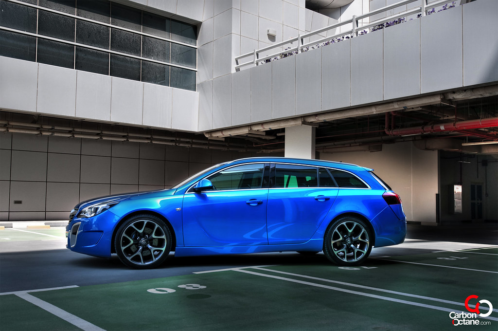 2014 opel insignia opc sports tourer review carbonoctane. Black Bedroom Furniture Sets. Home Design Ideas