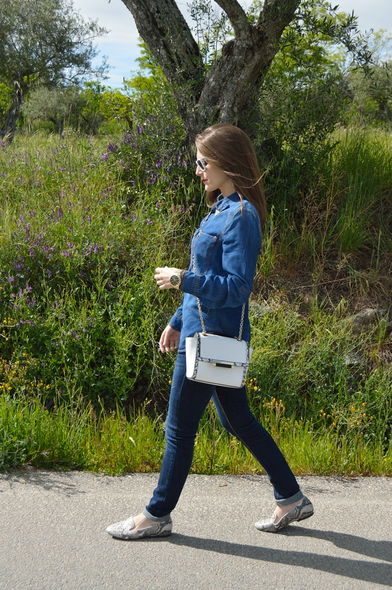 lara-vazquez-madlula-blog-here-comes-the-sun-denim-outfit-dvf-bag