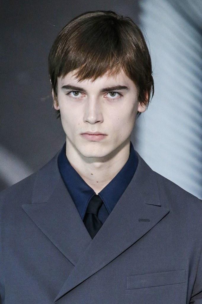 Eduard Badaluta3015_FW15 Milan Prada(VOGUE)