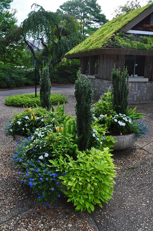 Circle Garden Planters (1)