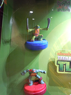 "McDonald's Happy Meal :: ""TEENAGE MUTANT NINJA TURTLES & Sweethearts"" / In-store display v (( 2015 ))"
