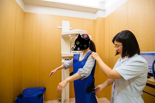 【台南東區牙醫推薦】我們全家人的御用牙醫-佳美牙醫診所_芬蘭 PLANMECA 數位全口 X 光影像設備 (1)