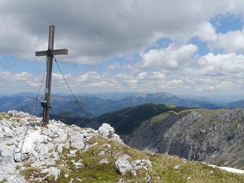 mountains alps wall clouds austria österreich spring rocks wand wolken berge summit alpen steiermark springtime autriche frühling styria felsen gipfelkreuz gipfel hochschwab seewiesen veitsch summitcross seebergsattel aflenzerstaritzen hochweichsel hoheweichsel