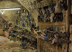 Used shoe market