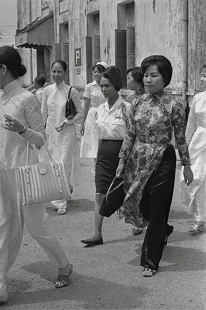 SAIGON 1965 - Bà Hồ Thị Quế, the Tiger Lady