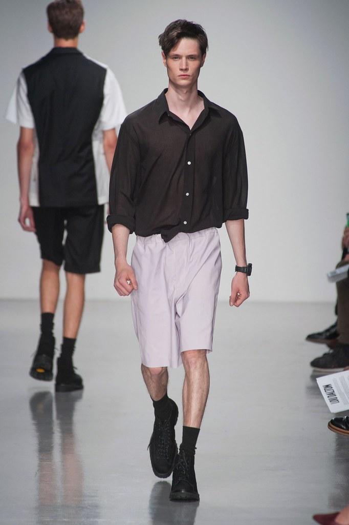 SS14 London Lou Dalton018_Andrew Westermann(fashionising.com)
