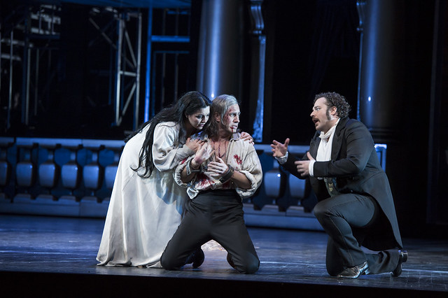 Lianna Haroutounian as Helene, Erwin Schrott as Procida and Bryan Hymel as Henri in Les Vêpres siciliennes © ROH / Bill Cooper 2013
