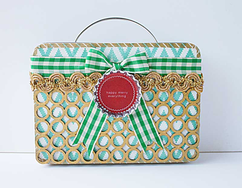 Upcycled-Xmas-tin-box