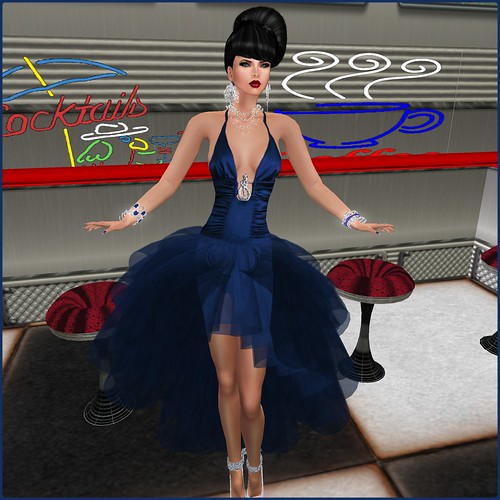 AsHmOoT_AW Coll_Samira 02_Gown&Mini Dresses/ Deep BlueXBLOGGERS by Orelana resident