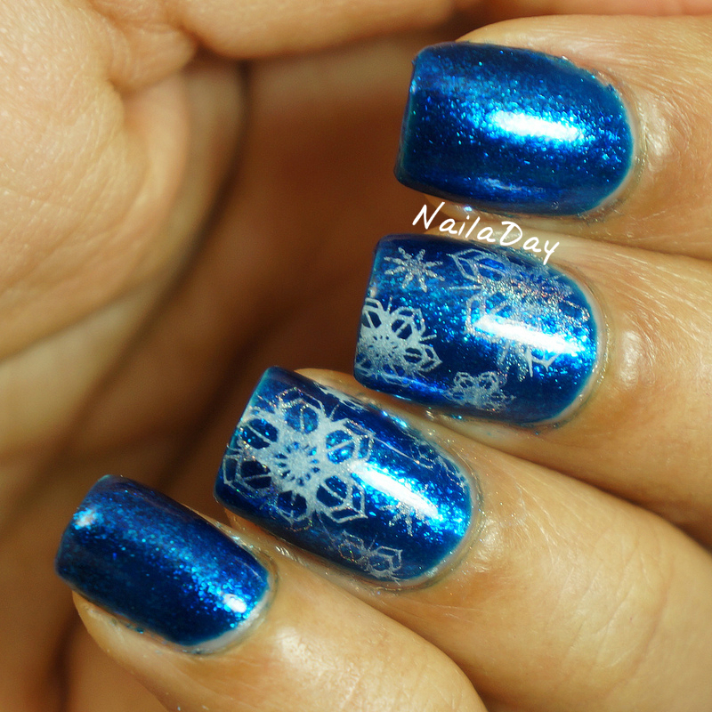 NailaDay: Orly Stone Cold with snowflakes