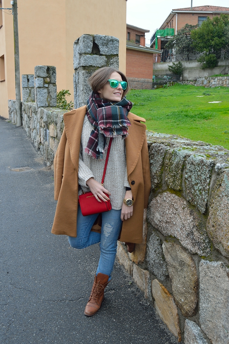 lara-vazquez-madlula-blog-brown-coat-gren-shades