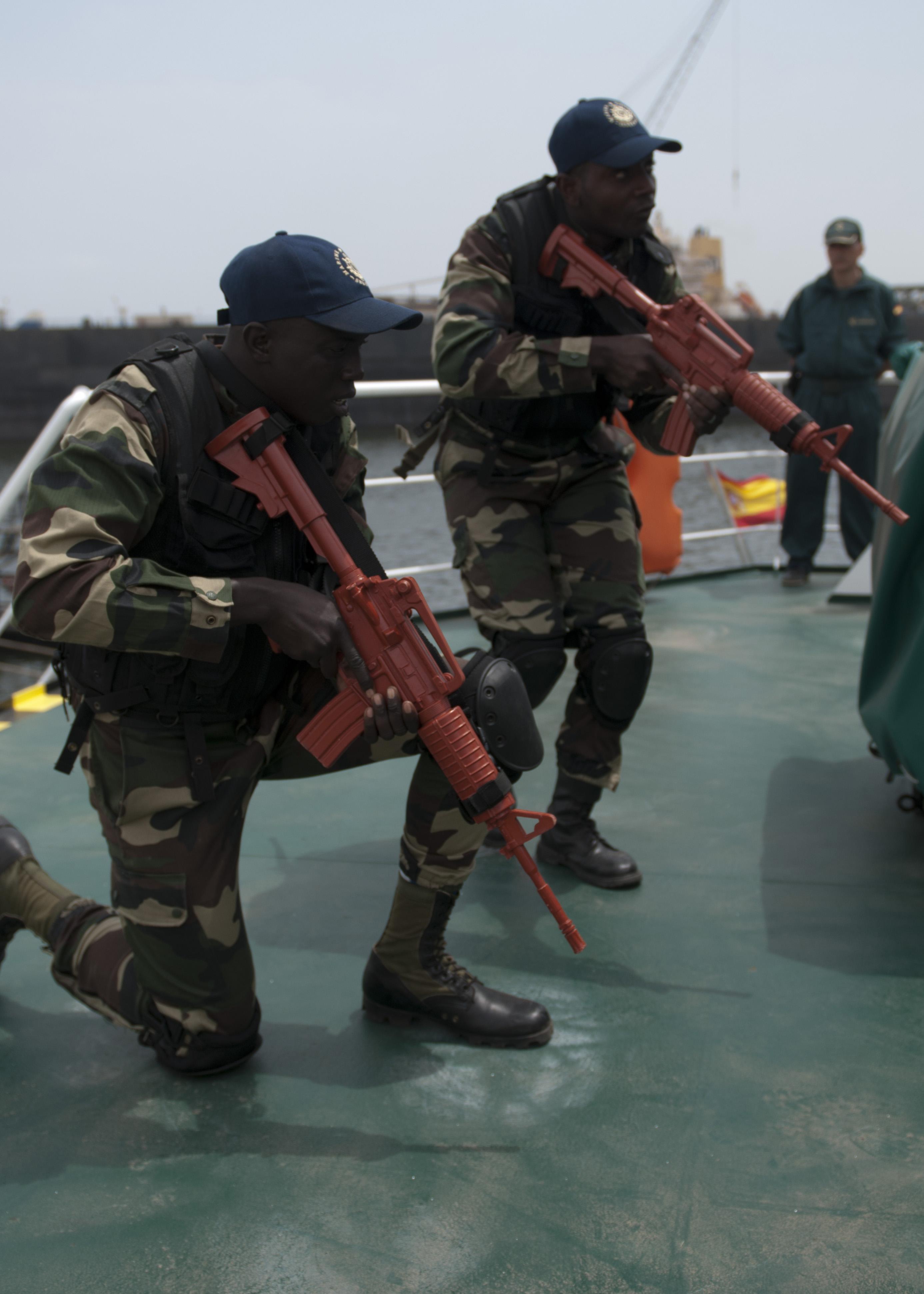 Armée Sénégalaise - Page 5 13090929425_374a0b7997_o