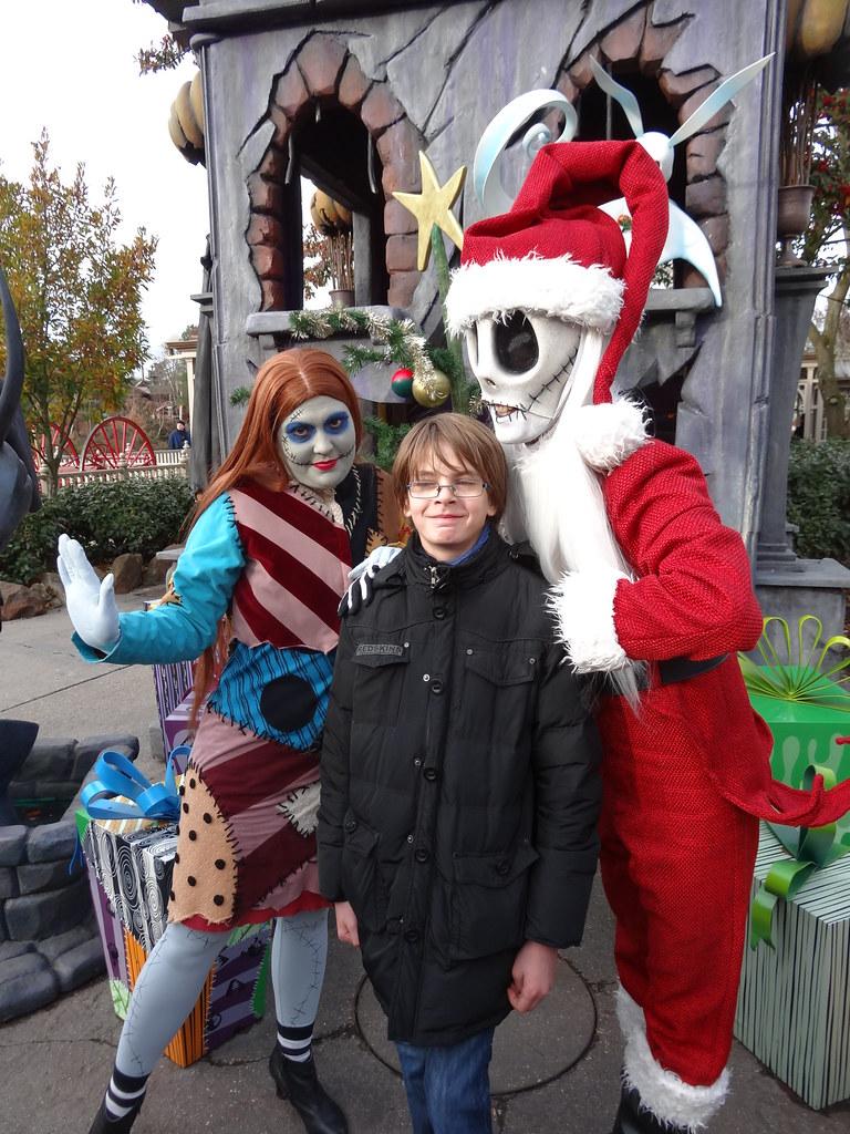 Un séjour pour la Noël à Disneyland et au Royaume d'Arendelle.... - Page 2 13648565394_9c7d7ea6be_b