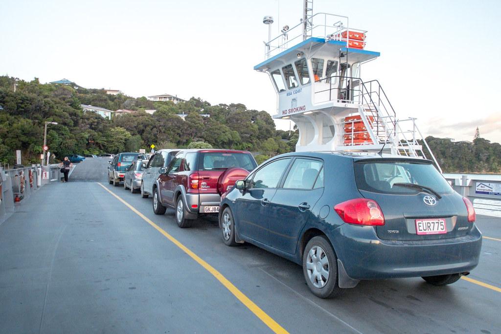Ferry naar Russell