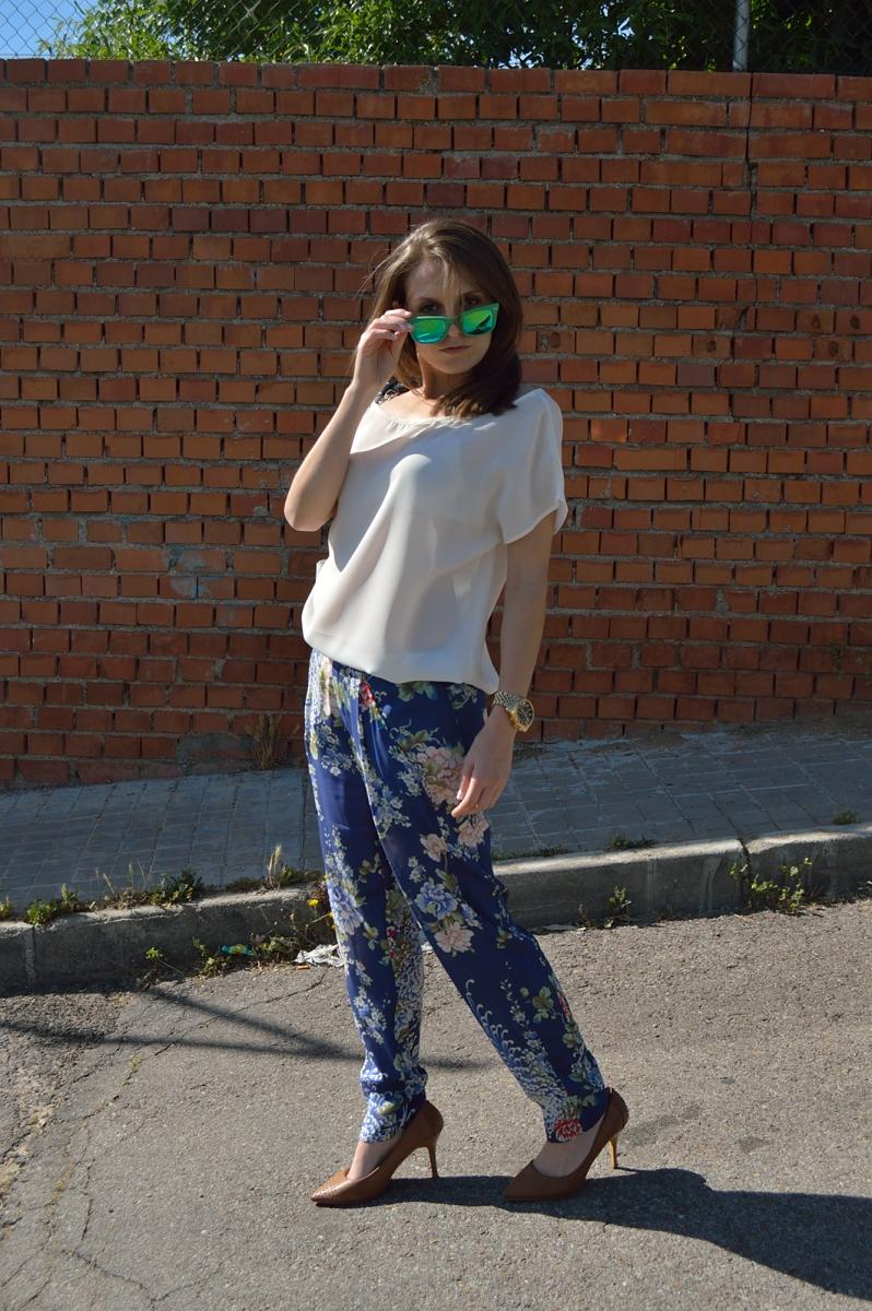 lara-vazquez-madlula-blog-spring-look-flowers
