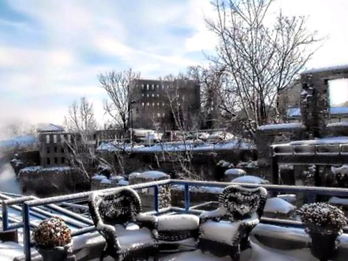 winter snow historic rochester benches wny highfalls hbm frptlady kmsalvatore heartsreverwhere