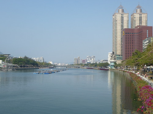 Ta-Kaohsiung-ville-Love River (1)