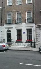 Photo of Robert Walpole and Horace Walpole blue plaque
