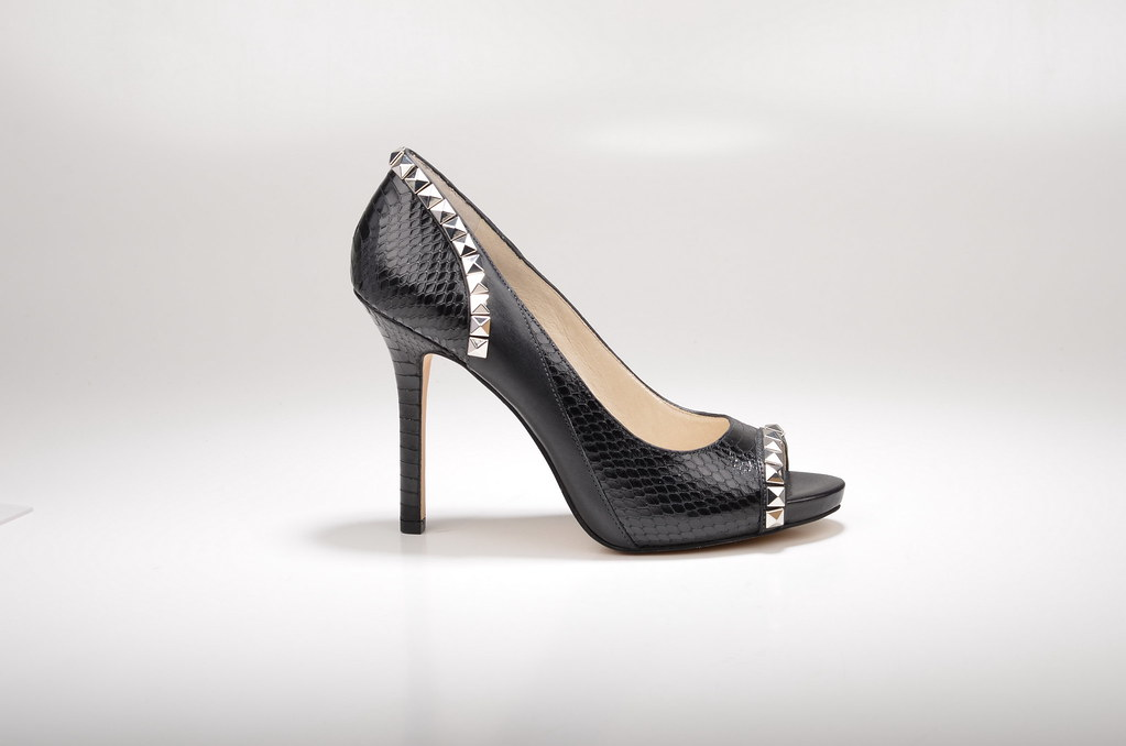 a97989a8b3e213 ... Michael Kors Ella Open-Toe High Heel mit Nieten 40R4ELHP4E geprägtes  Kalbsleder in Pythonoptik schwarz