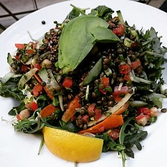 spinach salad, salad, vegetable, leaf vegetable, fruit, food, dish,
