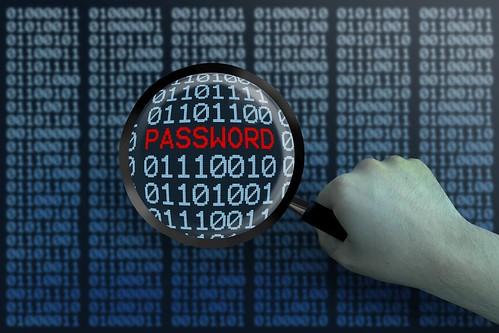 Hacker - Hacking - Lupe von Nullen und Einsen - Password - LUPE - blau