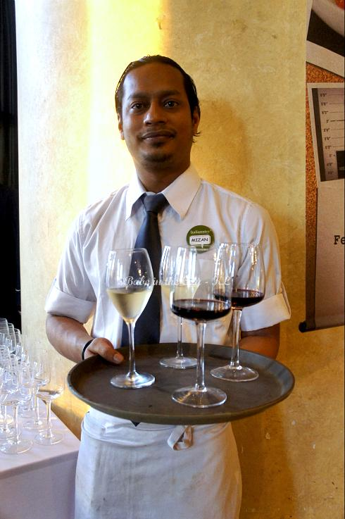 Handsome wine server