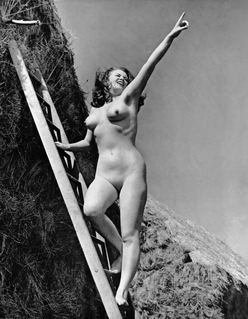 Christine Carter Nude