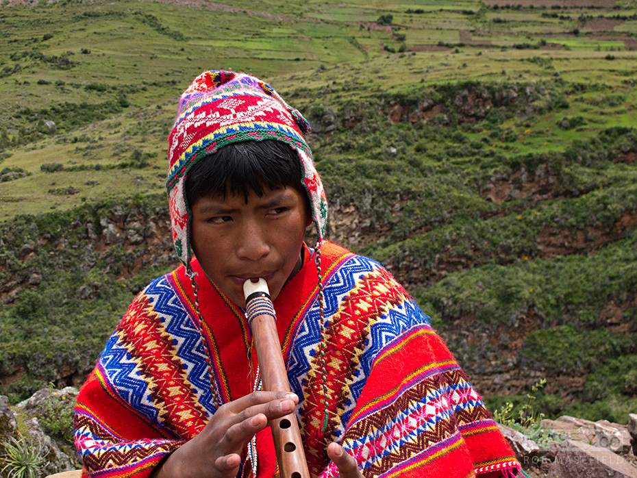 Busking, Inca-style.
