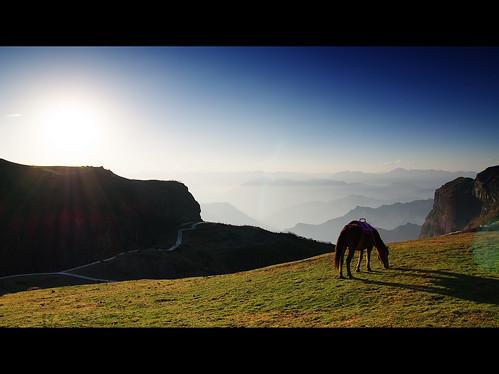 china travel light sunset horse mountain landscape pentax yunnan tamron k5 a16 历史 zhaotong