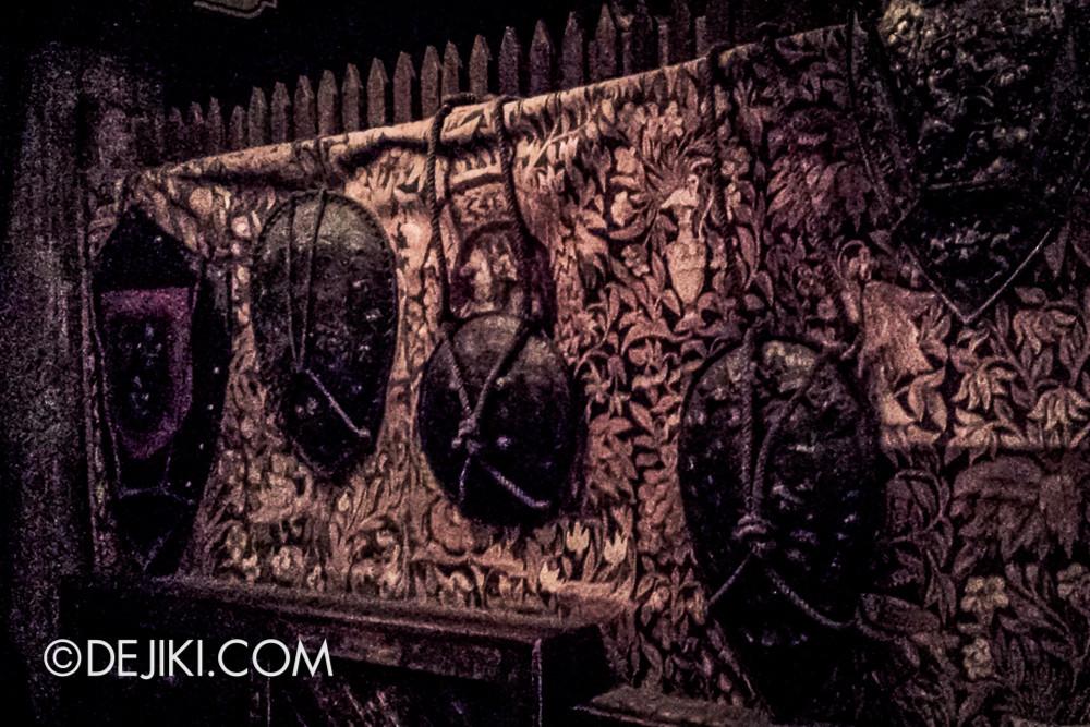 Tokyo DisneySea - Tower of Terror / TOUR waiting chamber 2
