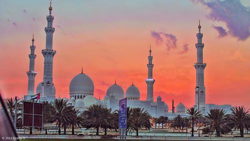 travel sunset sky architecture photography exterior religion uae mosque abudhabi sheikhzayed travelphotography sheikhzayedgrandmosque hdraward flickrtravelaward ◆challengeclub◆ djordjer