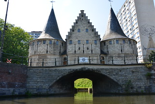 Billede af Rabot. people art water architecture boat canal belgium style bluesky story gent centrum channel oldhouses