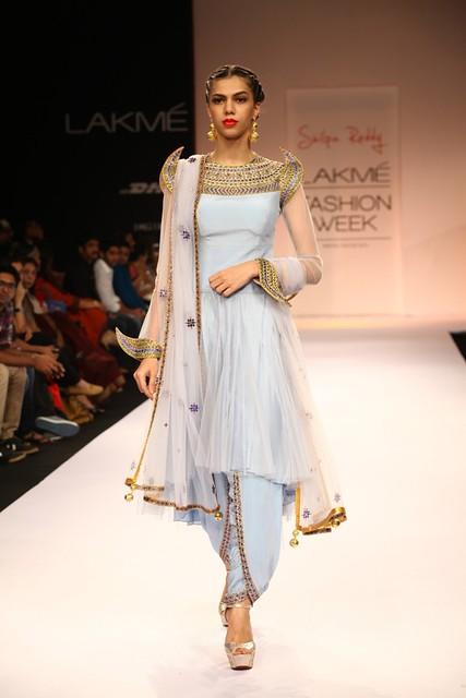 Designer Shilpa Reddy LFW WF 2013 (24)