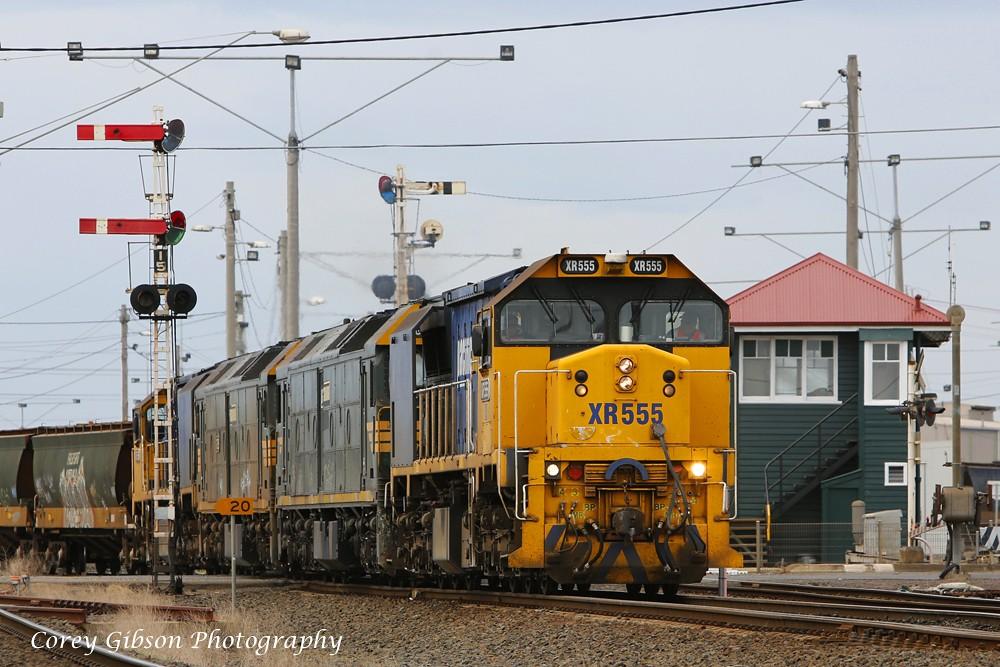 XR555, G526, G528 & XR558 departs Nth Geelong by Corey Gibson