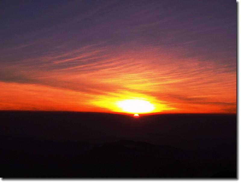 西峰觀日落 1