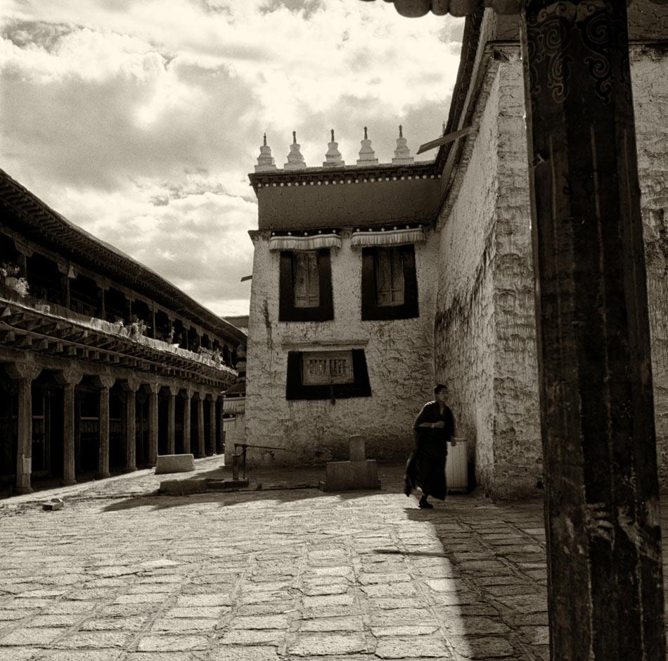 Бегущий-монах---копия