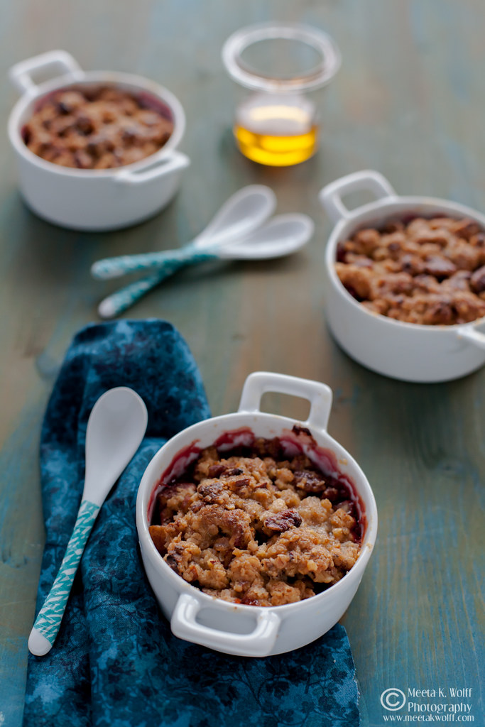Pear Cranberry Crumble by Meeta K. Wolff 003