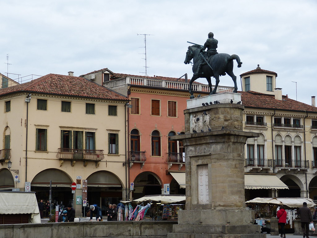 Gattamelata Statue, Padova