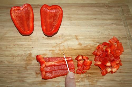 13 - Paprika würfeln / Dice bell pepper