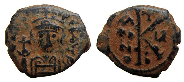 Byzantine Coins 2014 - Page 2 12637632045_6f92aeb745_z