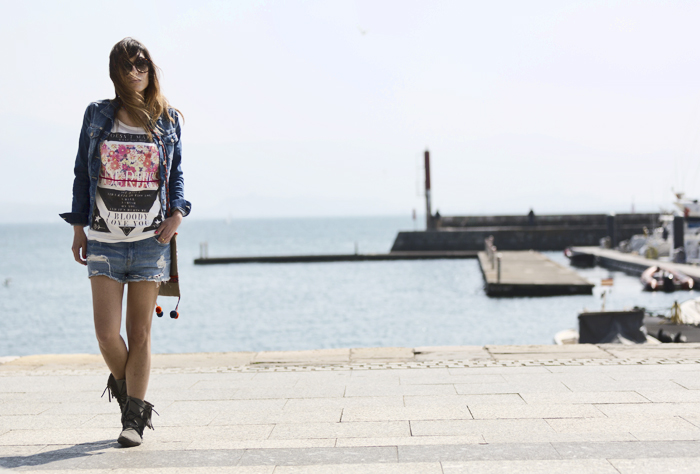 street style santander barbara crespo i bloody love you tshirt denim fashion blogger outfit blog de moda