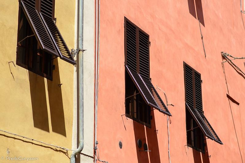 window shades in Italy