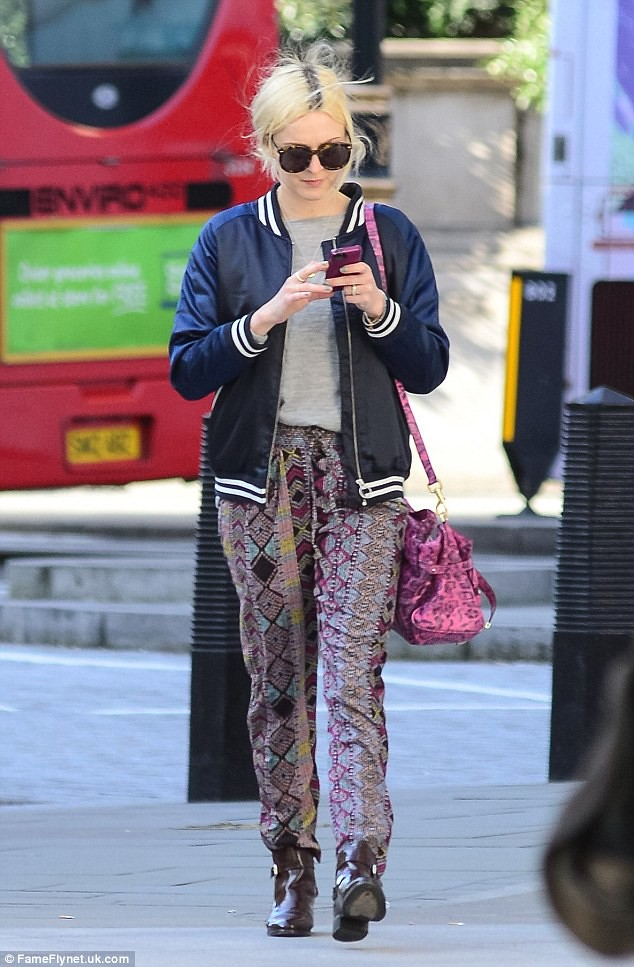 patterned-harem-pants, aztec print trousers, tribal print harem pants, printed harem trousers