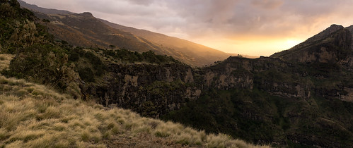 africa travel sunset panorama cliff mountain mountains nature grass rock zeiss 35mm wonder landscape nationalpark warm moody open pano sony fresh fe ethiopia alpha a7 highaltitude simienmountains sonnartfe35mmf28za