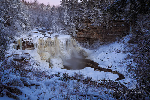 snow dusty frozen waterfall unitedstates westvirginia davis blackwaterfallsstatepark