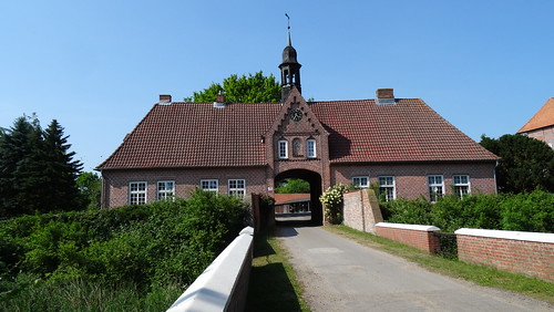 1530, Gut Brodau - Torhaus