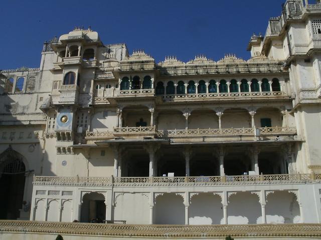 8797167180 75e3543727 z jpgUdaipur Fort