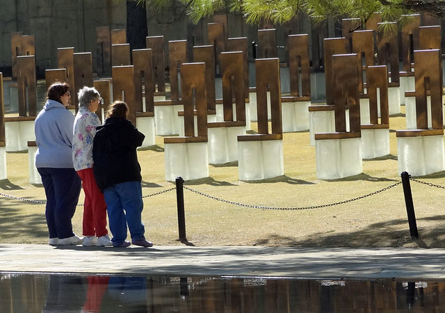 oklahoma-memorial-chairs