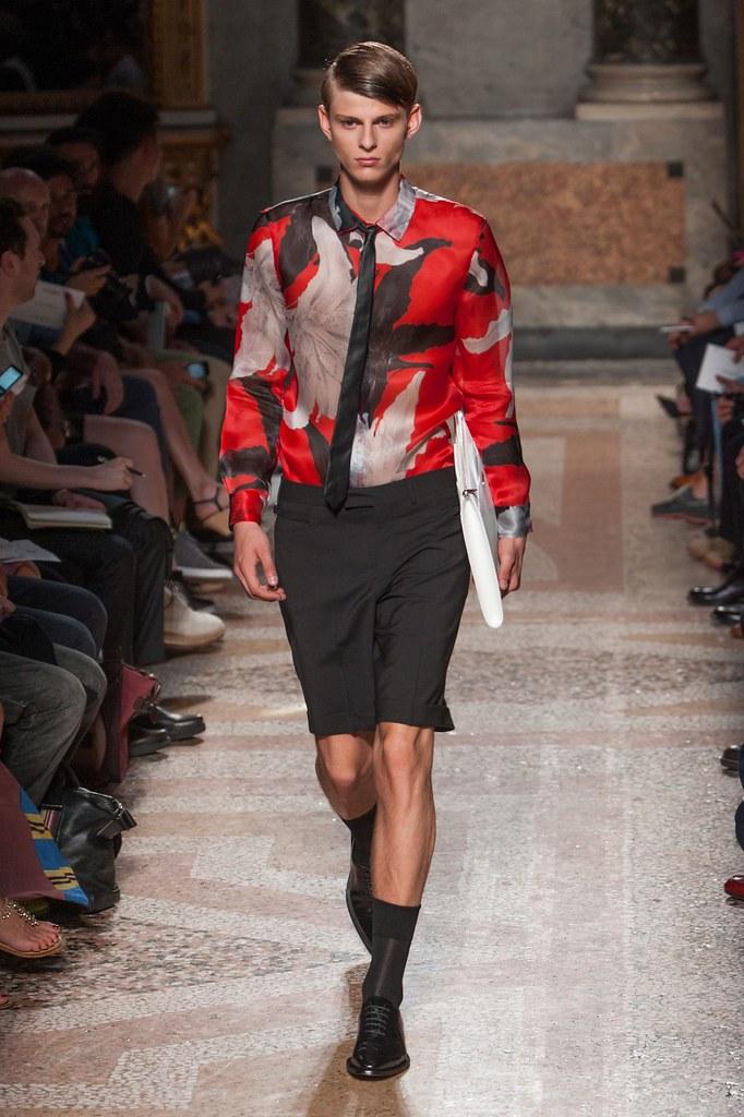 Elvis Jankus3112_SS14 Milan Les Hommes(fashionising.com)