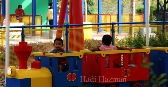 Kids love train